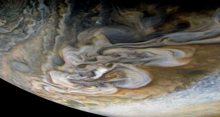 Nubes y gas en el planeta Júpiter